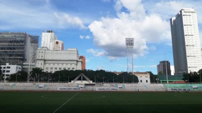 Tak Tampak Euforia Tuan Rumah Piala AFF 2016 di Manila. Di Stadion Malah Ada yang Jemur Pakaian