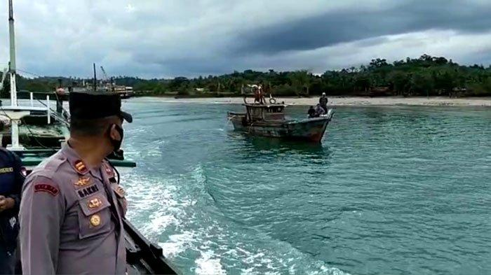 Nelayan Hilang di Lingga, Niza Kaget Hanya Temukan Pakaian Suami saat Bangun Tidur