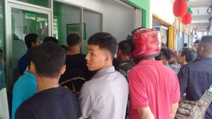 BREAKINGNEWS - Dikejar Warga Usai Maling HP di Batam, Pelaku Ditangkap Sekuriti & Sempat Digebuki