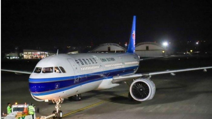 Chinese Aircraft Pick Up Their Citizens in Bali, Here are the 6 Procedures That Must Be Done