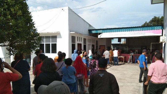 BREAKING NEWS, Warga Simpang Barelang Datangi Kantor Camat Sagulung Kisah Row Jalan