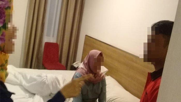 Bermandikan Dosa di Bulan Ramadhan, Pasangan Ini Berhubungan Badan Usai Taraweh Hingga Jelang Sahur