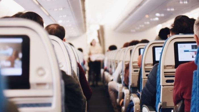 Panduan 6 Tips Berpakaian Saat Naik Pesawat, Pilih Baju Longgar dan Banyak Kantong