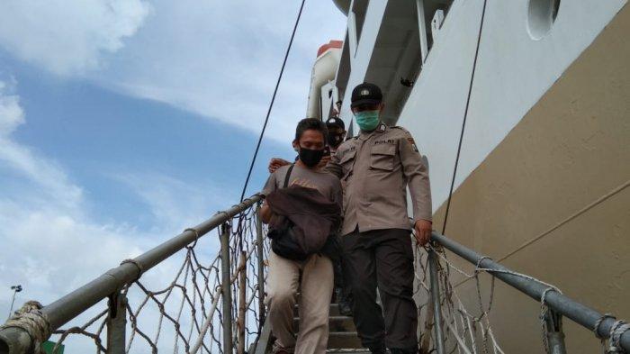 Tiga Pria Asal Bogor, Penyelundup Ribuan Baby Lobster di Batam Divonis 2 Tahun Penjara