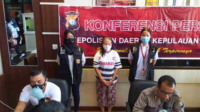 Konferensi Pers pengungkapan kasus TPPO oleh Subdit IV Ditreskrimum Polda Kepri yang dipimpin Kasubdit IV Renakta Ditreskrimum Polda Kepri, AKBP Dhani Chatra Nugraha, Selasa (26/1/2021).