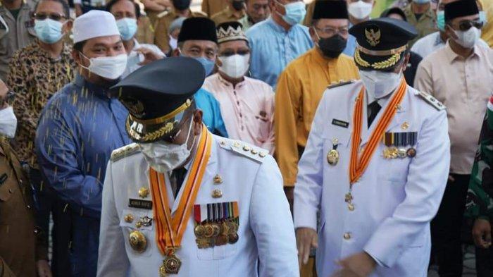 Petahana Karimun Aunur Rafiq - Anwar Hasyim Disambut Khas Melayu Setelah Dilantik