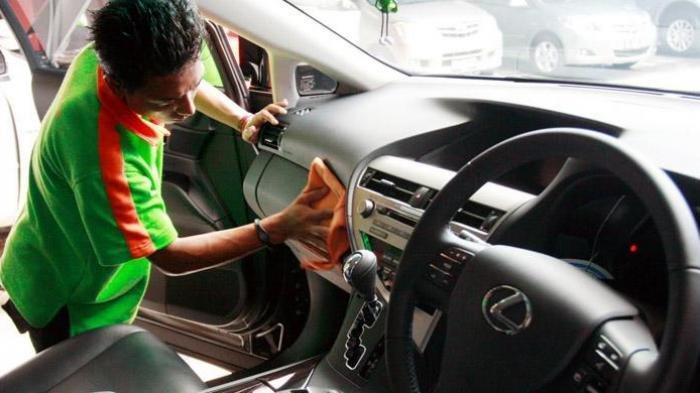 Bersihkan Interior dan Karpet Mobil agar Terhindar dari Penyakit, Begini Caranya