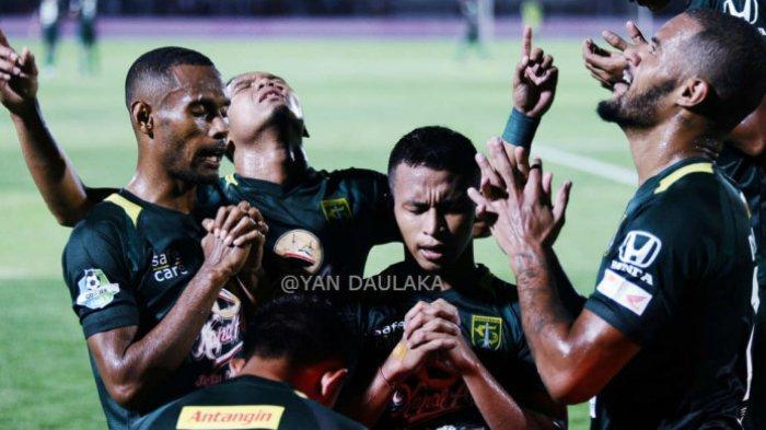 HIGHLIGHT! Persebaya vs Persib Bandung Liga 1 2019, Amido Balde Hattrick, Bajul Ijo Menang 4-0