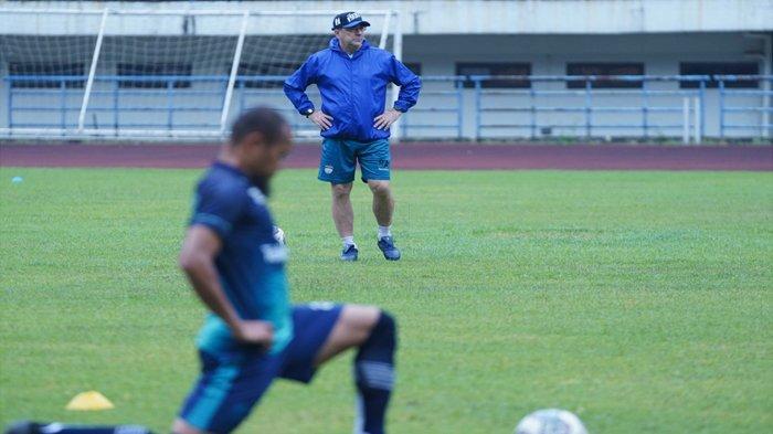 Susunan Pemain Persib Bandung vs Borneo FC, Robert Alberts Bawa Satu Striker