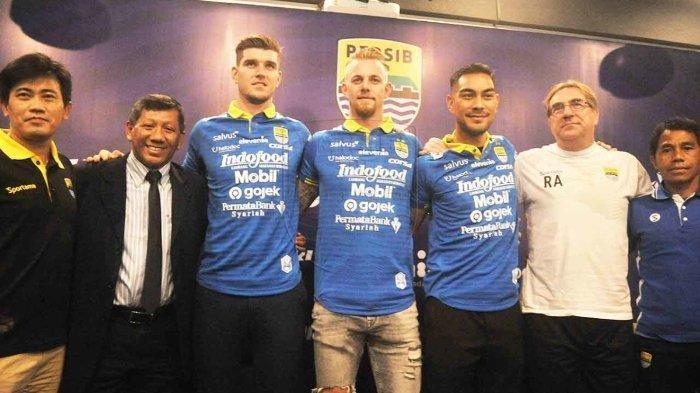 Bursa Transfer Liga 1 2019 - Persib Bandung Resmi Kenalkan 3 Pemain Asing Baru, Ini Targetnya