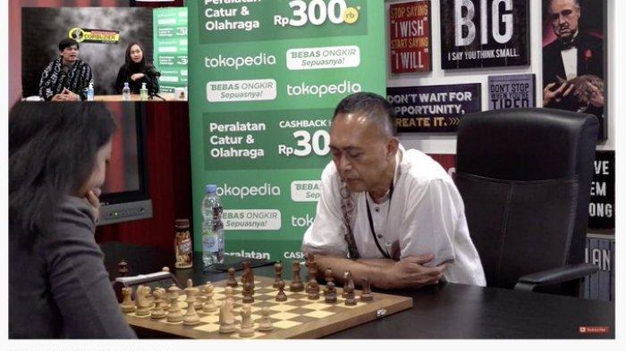 Pertandingan catur persahabatam WGM Irene Kharisma Sukandar vs Dewa Kipas, Senin (22/3/2021)