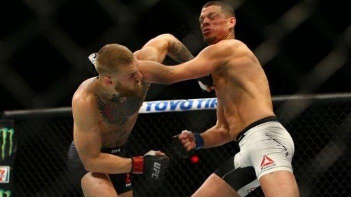 Duel antara Conor McGregor dan Nate Diaz pada UFC 196 di MGM Grand Garden Arena, Las Vegas, Nevada, Amerika Serikat, 5 Maret 2016
