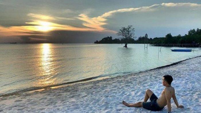 Objek Wisata Pantai Viovio Sediakan Gazebo yang Muat Satu Keluarga