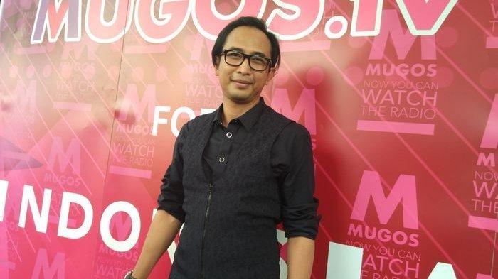 Piyu ditemui saat Mugos meluncurkan websitenya yakni Mugos.tv, di Hardrock Cafe SCBD Kebayoran Baru, Jakarta Selatan, Kamis (30/3/2017).