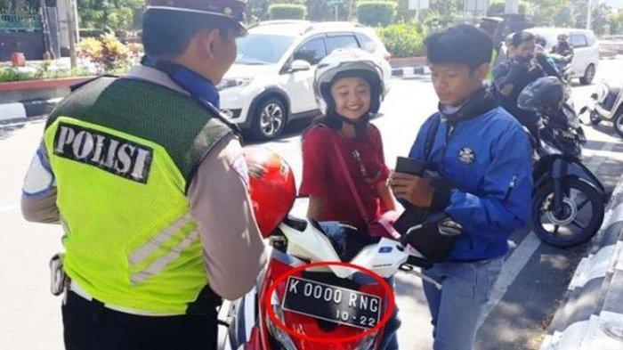 Polisi Sampai Takjub Temukan Pengendara dengan Plat Nomor Tercantik, IniCerita Unik di Baliknya