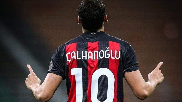 Playmaker AC Milan asal Turki, Hakan Calhanoglu