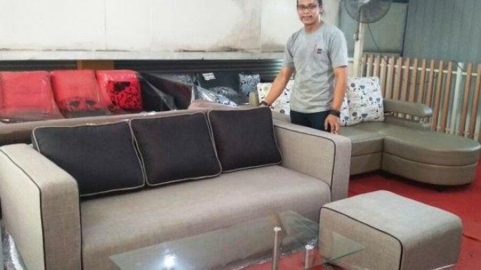 Aneka Sofa di First Target Image Diskon 30 Persen. Harganya Mulai Rp 1,5 Juta