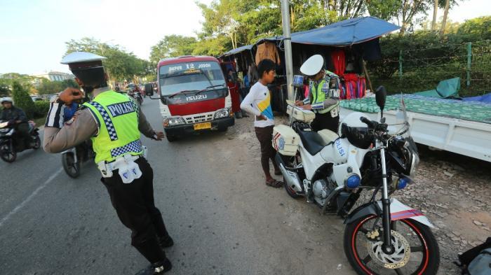 Awas Kena Tilang! Kenali Ciri-ciri 7 Pelat Nomor Buruan Pak Polisi