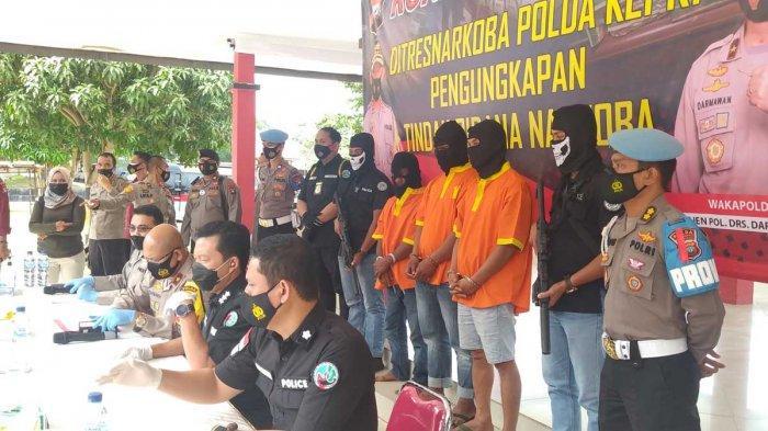 Konferensi pers pengungkapan 46 kg sabu-sabu di Polda Kepri, Selasa (19/1/2021).