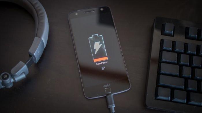 Tips Merawat dan Menjaga Kesehatan Baterai Ponsel agar Awet Digunakan Jangka Panjang