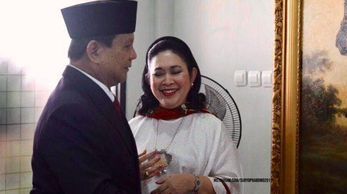 Prabowo Seorang Diri Datang Bersilaturahmi ke Rumah Mantan Istrinya, Keluarga Cendana