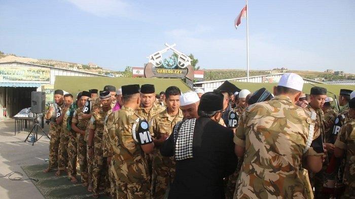 Prajurit Garuda di Lebanon Rayakan Idul Fitri dengan Makan Ketupat yang Dikirim dari Tanah Air