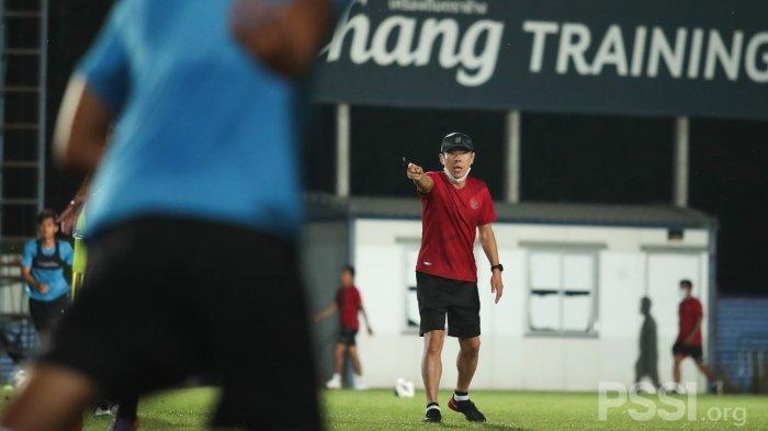 Jelang Kualifikasi Piala Asia U-23 2022, Shin Tae-yong Panggil 7 Pemain Luar Negeri