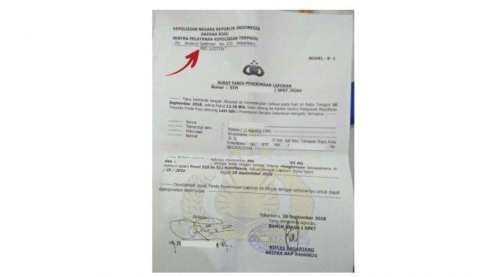 Ilsutrasi surat yang bertuliskan 'Pro Justitia' pada sisi kiri surat (panah merah)