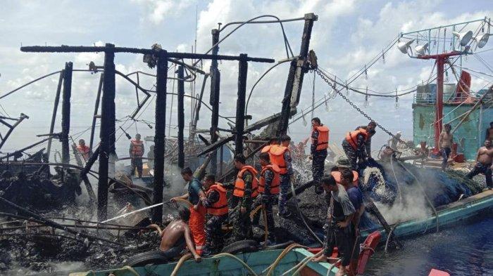 Kapal Penangkap Ikan Terbakar di Perairan Pulau Laut Natuna, Tim SAR Lakukan Penyelamatan