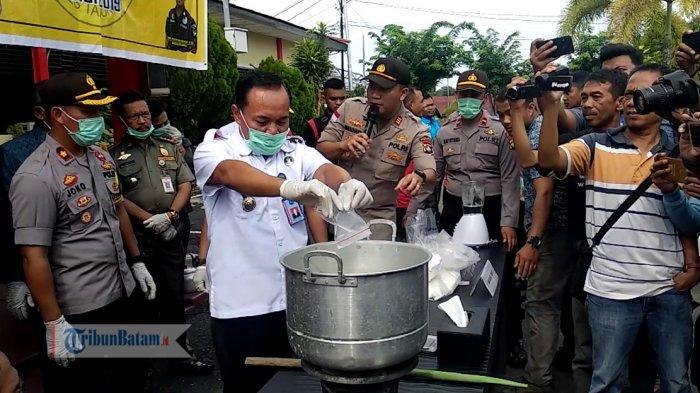 Polres Tanjungpinang Gelar Pemusnahan Barang Bukti Berupa 5,1 Kg Sabu dan 1.078 Butir Ekstasi