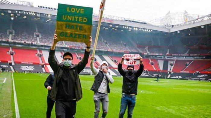 Protes Sampai ke Old Trafford, Fans Manchester United Kecewa dengan Keluarga Glazer