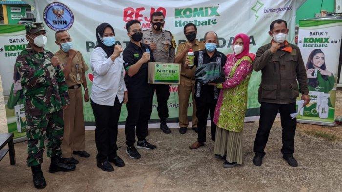 Latih Budidaya Jahe Merah, Komix Herbal dan BNN Berdayakan Masyarakat Wilayah Rawan Narkoba