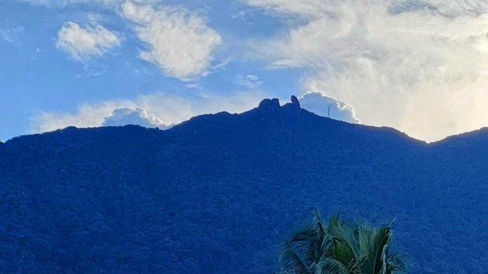 Warga Natuna Gempar, Puncak Gunung Ranai Longsor, Camat Sempat Kira Suara Guntur