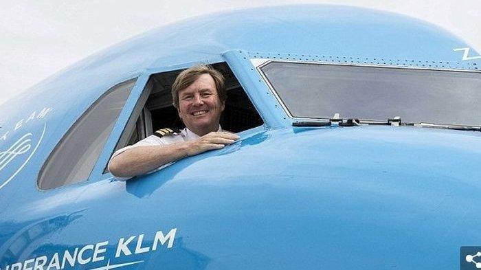 Saat Raja Belanda Willem-Alexander Jadi Co-Pilot Pesawat Komersial, Begini Reaksi Penumpang