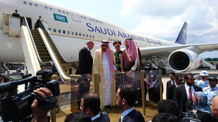 Perdana Menteri Jepang Kaget Raja Salman Bawa Rombongan Banyak. Begini Komentarnya