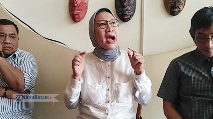 Ratna Sarumpaet Dianiaya, Polisi: Sebaiknya Segera Melapor. Pihak Bandara Bilang Begini