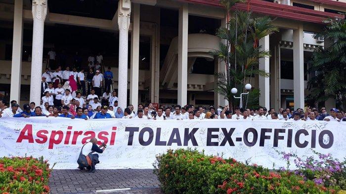 Kala Ex Officio Jadi Perang Spanduk di Batam