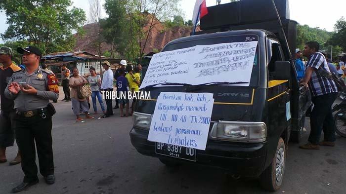 BREAKINGNEWS: Ratusan Warga Tanjunguncang Demo di PT Batamec Tuntut Penerimaan Kerja Orang Tempatan