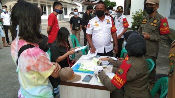 Razia protokol kesehatan di Tanjungpinang oleh tim gabungan, Selasa (16/2/2021).
