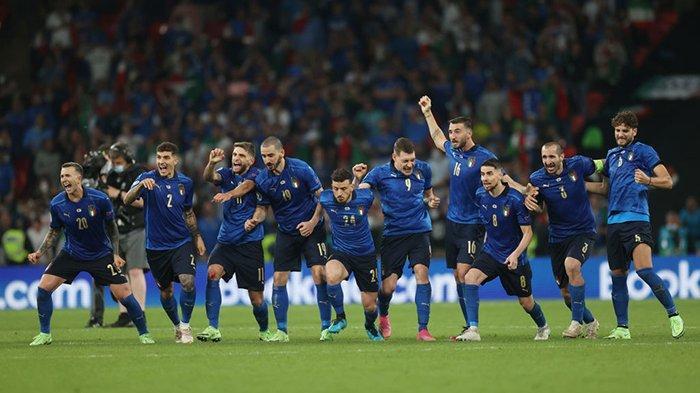 Reaksi Pemain Setelah Italia Juara Piala Eropa 2020, Bonucci: Maaf, Piala Kami Bawa ke Roma