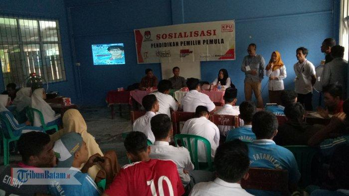 KPU Anambas Jemput Bola Fasilitasi Pindah Memilih, Mayoritas Pekerja Sektor Migas di Matak