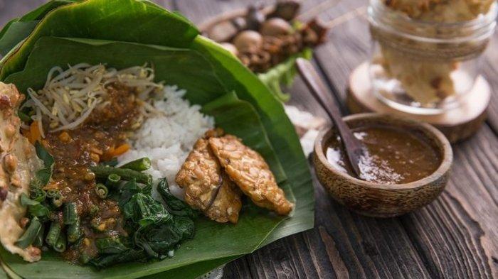 Resep Pecel khas Semarang, Bisa Dicoba untuk Menu Sarapan, Sajikan bersama Kerupuk Karak