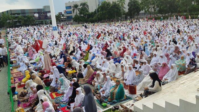 TATA CARA Salat Idul Fitri 1440 H Lengkap dengan Niat dan Bacaan di Antara Takbir