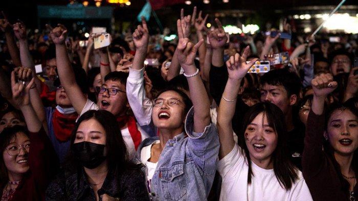 China Memang Beda, Kontras dengan India Sempoyongan Diserang Corona, Warga Beijing Nikmati Liburan