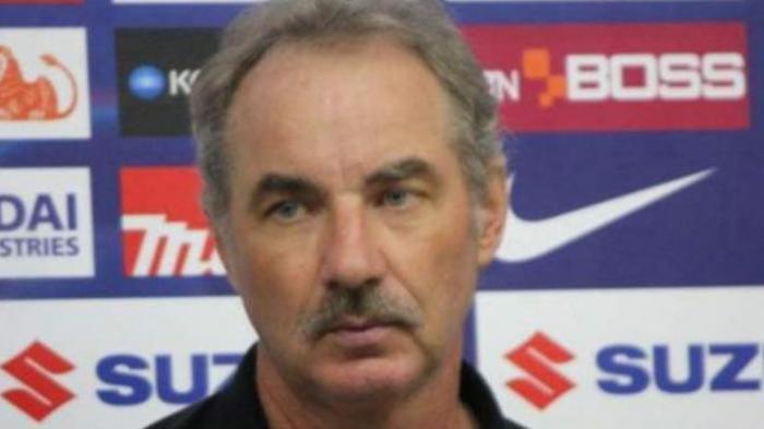 Mantan Pelatih Timnas Indonesia Alfred Riedl Meninggal Dunia