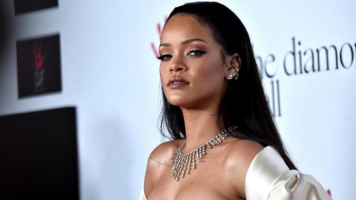 Terkait Insiden Hadits, Rihanna Minta Maaf kepada Umat Muslim, Pastikan Hal Itu Tidak Terjadi Lagi