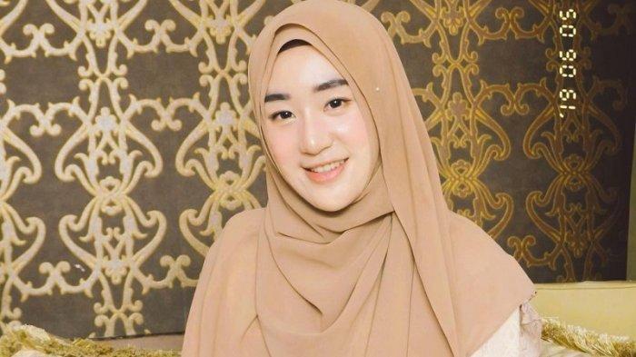 Netizen Cemas, Ini Jawaban Mengejutkan Larissa Chou soal Lepas Hijab usai Gugat Cerai