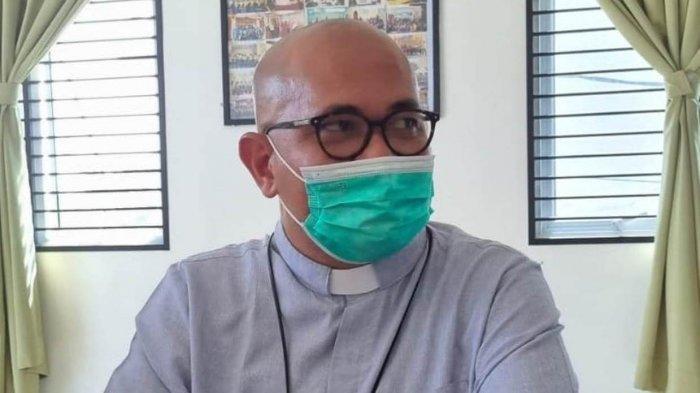 Romo Paschal Soroti Nasib 213 PTT dan THL Pemkab Lingga: Saran Saya Dikaji Lagi