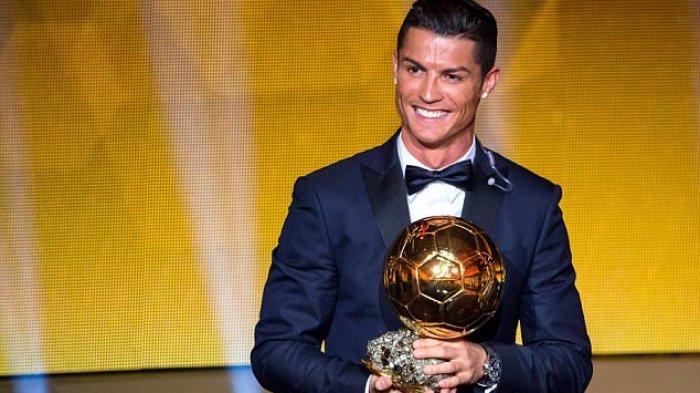 Heboh! Ngaku Dapat Ballon d'Or, Ronaldo Telepon Messi! Benarkah? Ini Jawabannya!