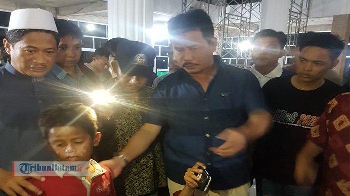 Kebakaran Bengkong Aljabar - Walikota Batam beri Dukungan pada Anak-anak Santri yang Jadi Korban